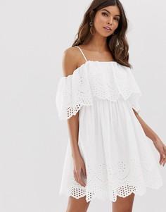 Платье мини с открытыми плечами и вышивкой ришелье ASOS DESIGN-Белый