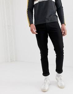Черные суженные книзу узкие джинсы Wrangler-Черный