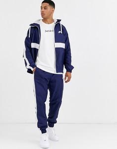 Темно-синий спортивный костюм Nike