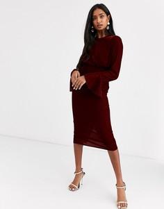 Бархатное платье-футляр миди с рукавами клеш ASOS DESIGN-Красный
