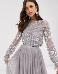 Серая блузка с вышивкой, пуговицами и прозрачными рукавами Needle & Thread-Серый
