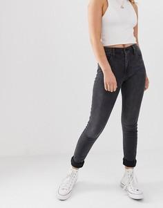 Моделирующие джинсы скинни с завышенной талией Levis 721-Черный