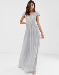 Плиссированное платье макси с кружевом и сеткой City Goddess-Серый