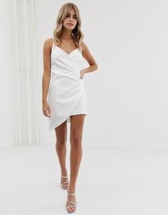 Белое асимметричное платье мини на бретельках Club L London-Белый