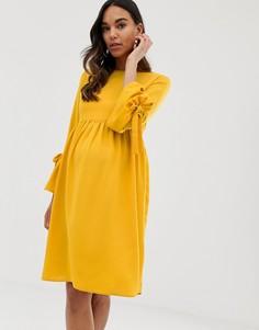 Короткое приталенное платье горчичного цвета с рукавами клеш Queen Bee-Желтый