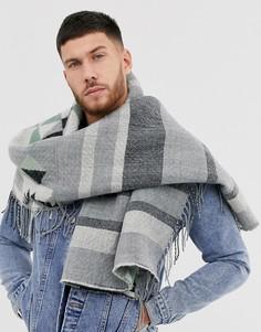 Серый шарф-накидка с ацтекским принтом ASOS DESIGN
