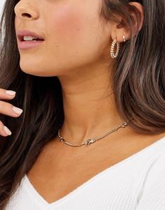 Золотистое ожерелье-чокер с подвесками в виде роз ASOS DESIGN-Золотой