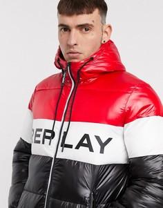 Черная дутая куртка с красными вставками и крупным логотипом Replay-Мульти