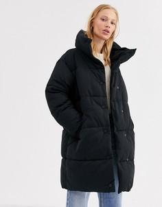 Черная длинная дутая куртка Monki-Черный