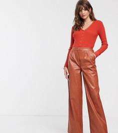 Широкие брюки из мягкой искусственной кожи Glamorous-Коричневый