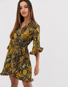 Платье мини со змеиным принтом AX Paris-Желтый