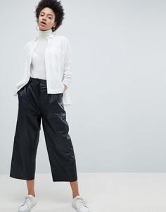 Кожаные укороченные брюки с широкими штанинами Selected Femme-Черный