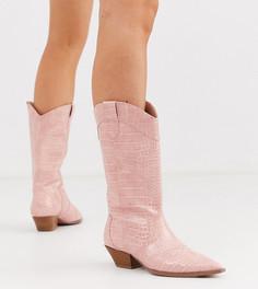 Розовые высокие сапоги с крокодиловым рисунком для широкой стопы ASOS DESIGN-Розовый