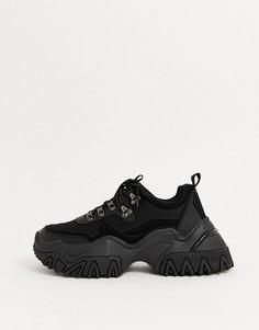 Черные походные кроссовки на массивной рифленой подошве ASOS DESIGN-Черный