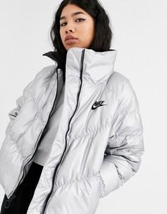 Серебристая дутая куртка с высоким воротником Nike-Серебряный