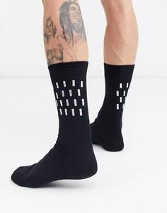 Носки с принтом металлик ASOS DESIGN-Черный