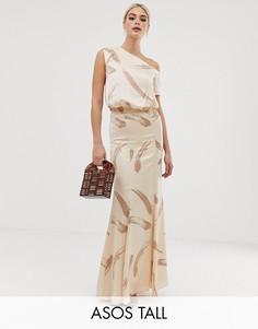 Атласное платье макси на одно плечо с принтом ASOS DESIGN Tall-Бежевый