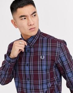 Бордовая рубашка в клетку с воротником на пуговицах Fred Perry-Красный
