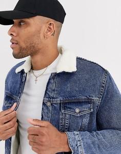 Джинсовая куртка на подкладке из искусственной цигейки Bershka-Синий