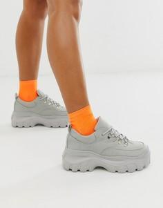 Кроссовки на толстой подошве Truffle Collection-Серый
