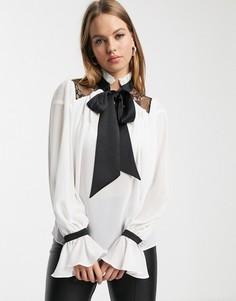 Блузка цвета слоновой кости с кружевной кокеткой и завязкой на шее River Island-Белый