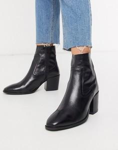 Черные ботинки на каблуке River Island-Черный