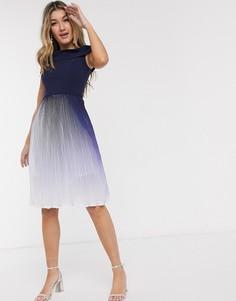 Темно-синее платье миди с плиссировкой и эффектом деграде Chi Chi London-Мульти