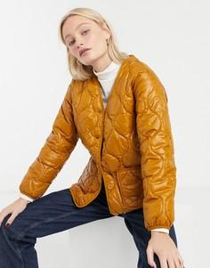 Коричневая стеганая куртка с карманом Monki-Коричневый