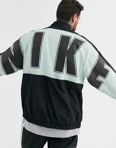 Ветровка мятного цвета с логотипом Nike-Зеленый
