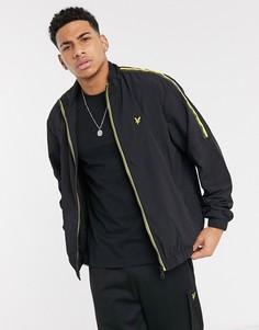 Черная спортивная куртка с лентой по бокам Lyle & Scott-Черный