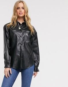 Черная oversize-рубашка из искусственной кожи In The Style-Черный