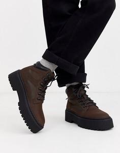 Коричневые ботинки из искусственной кожи на шнуровке и массивной подошве ASOS DESIGN-Коричневый