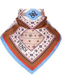 Fendi платок-фуляр Kaligraphy