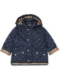 Burberry Kids стеганая куртка со съемным капюшоном