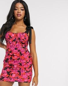 Присборенное платье мини на бретельках с цветочным принтом In The Style x Fashion Influx-Мульти