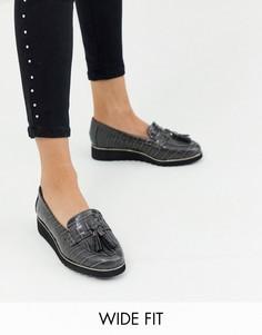 Серые лоферы для широкой стопы с крокодиловым рисунком Simply Be-Серый