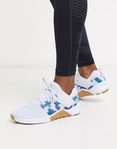 Серые кроссовки с камуфляжным принтом Nike Training Free Metcon 2-Серый