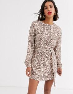 Платье с поясом и леопардовым принтом AX Paris-Мульти