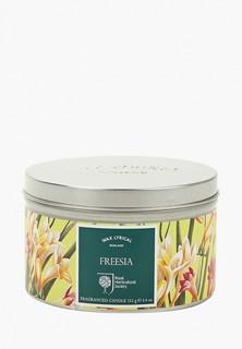 Свеча ароматическая Wax Lyrical Цветущая фрезия, 25 часов горения