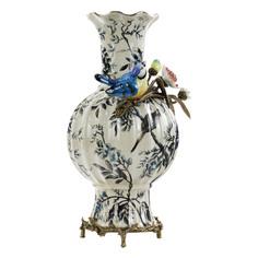 Ваза Glasar фарфоровая с бронзовыми эллементами и фарфоровой птичкой 25x20x38см ГЛАСАР