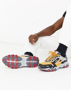Желтые кроссовки с серыми вставками Fila Oakmont TR trail-Мульти