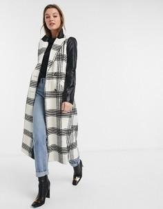 Двубортное пальто в клетку с контрастными рукавами River Island-Белый