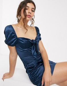 Темно-синее платье мини со сборками и завязкой In The Style x Fashion Influx-Темно-синий
