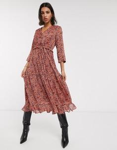 Красное шифоновое платье миди с оборками и цветочным принтом Y.A.S-Белый