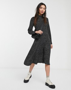 Черное платье миди в горошек с высоким воротом Monki-Черный