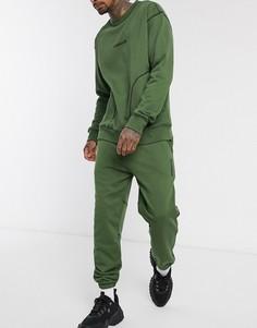 Узкие джоггеры цвета хаки с контрастной строчкой Mennace-Зеленый