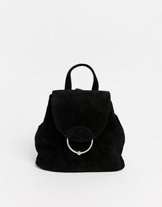Миниатюрный замшевый рюкзак с кольцом и шариком ASOS DESIGN-Черный