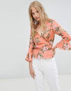 Блузка с запахом и цветочным принтом Love & Other Things-Розовый