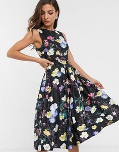 Короткое приталенное платье с цветочным принтом Little Mistress-Мульти