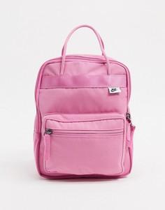 Маленький розовый рюкзак Nike